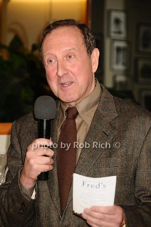Gary Bencivenga<br /> photo by Rob Rich © 2009 robwayne1@aol.com 516-676-3939