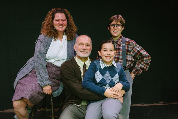 Maryland_Ensemble_Theatre_A_Christmas_Story_rehearsal_0002