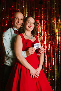 MET_Retro_Prom_2016_prom_photos_0058