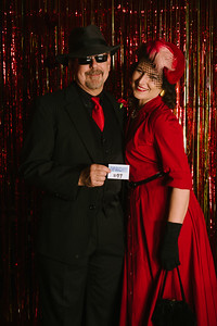 MET_Retro_Prom_2016_prom_photos_0042