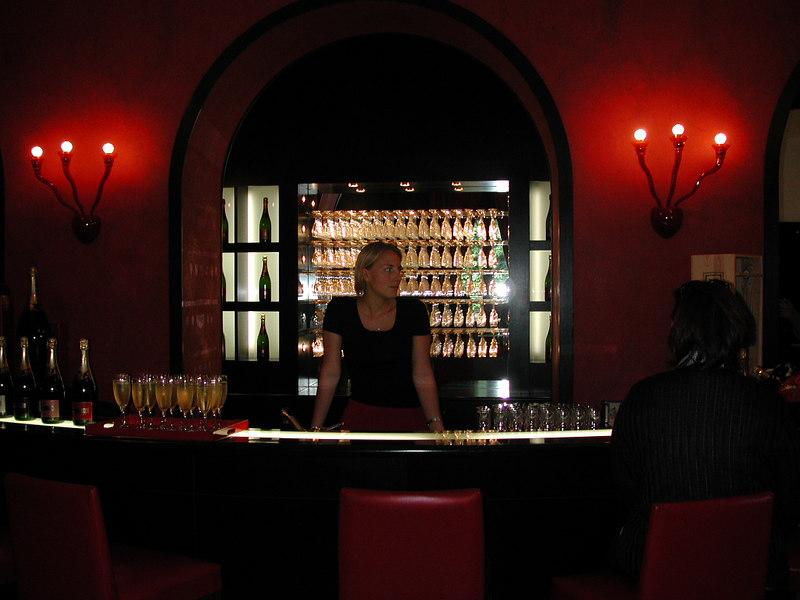 Un bar come si (d)beve