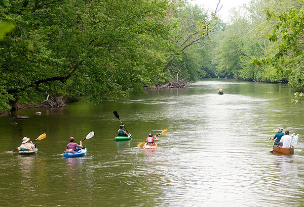 A group of paddlers traveled the White River from Daleville to Anderson to protest the proposed Mounds Reservoir on Saturday. From its dam head just west of Scatterfield Road in Anderson, the reservoir would back water up seven miles to Delaware County Road 300 South and encompass 2,100 acres.