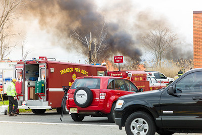 Meadowlands Fire Carlstadt NJ April 11, 2012