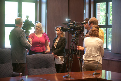 Press conference announcing the Graduate Guarantee in the state room in Tirey Hall