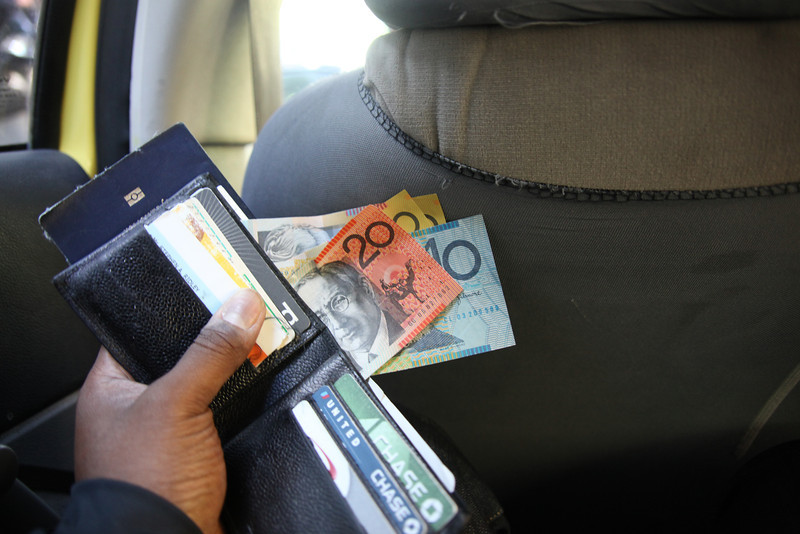The money (like every other country's) looks like Monopoly money.