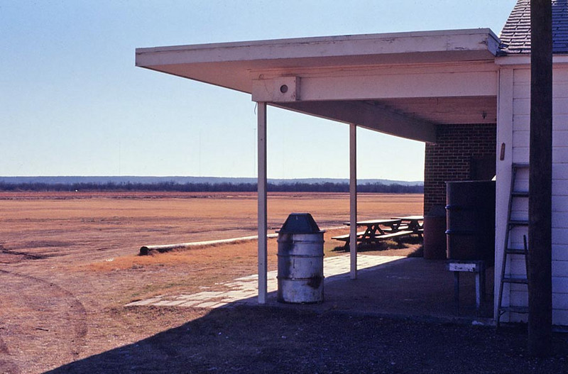 TEXAS SOARING ASSOCIATION (TSA) GLIDERPORT<br /> South of Grand Prairie, Texas - November 1975