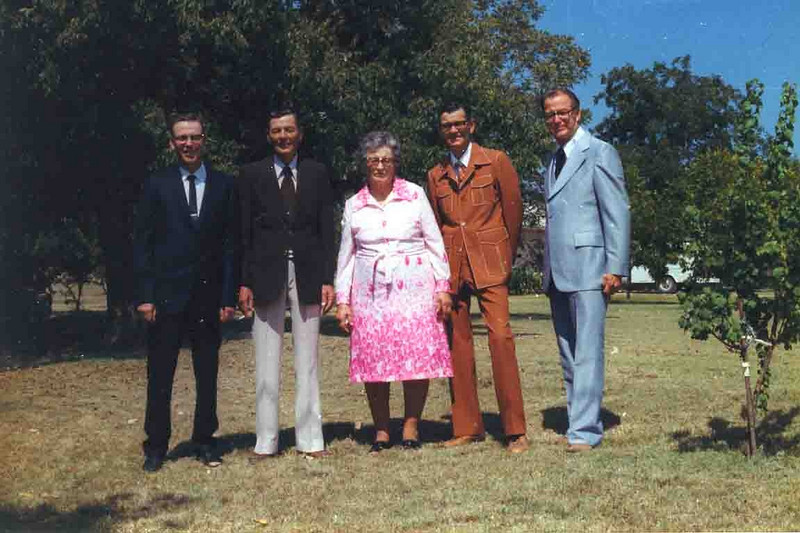 BUELAH AND THE BOYS<br /> Here is another shot of the Duncan Gang with Ma Duncan (Buelah Dean, actually). My, how the styles have changed from that last shot. Notice the guys are still in the same order.