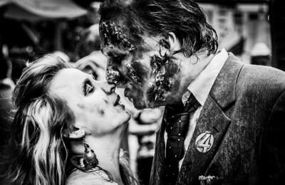 zombie couple close (1 of 1)