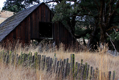 old barn, route CA20