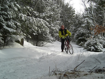 Icebiking, SLHS Trail, Christmas morning, 2009 CIMG0851