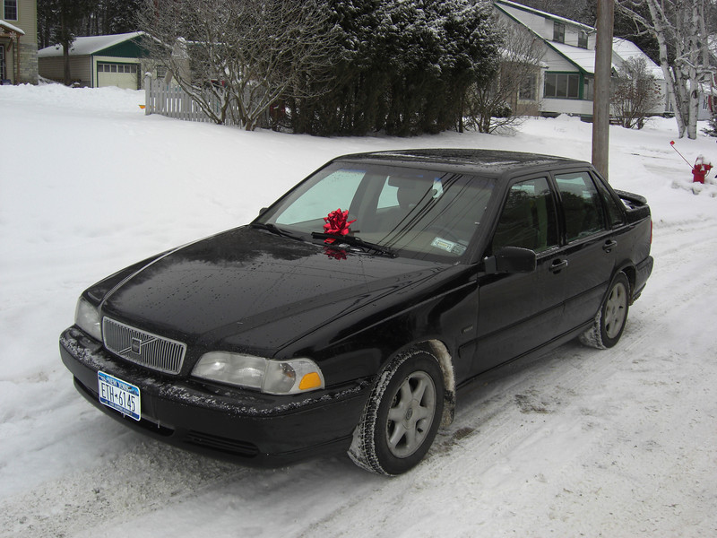 """Our """"new"""" 1998 Volvo S70."""