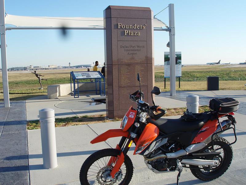 Bonus 1 Founders Plaza DFW Airport
