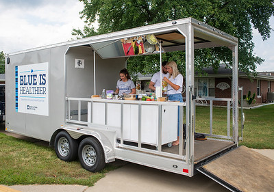 Mobile food kitchen