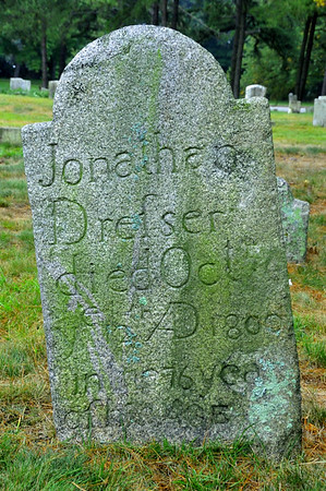 Jonathan Drefser's handmade headstone in West End Cemetery, Portland, Maine.   He died October 12, 1800 at 76 years of age.  Someone back then, hand chiseled these etchings out of this granite slab.  I was so impressed with this headstone.   Mr. Drefser was born a long, long time ago.....in 1724.  The headstone has stood in that place for 213 years!