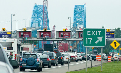 While on the subject of traffic, this is the scene we were faced with trying to get across the island to Niagra Falls.  The elapsed time was probably in the 20 minute range with the main bottleneck due to the far right merge.  If the driver didn't have the EZPass they had to merge across two of their own merge lanes and then force their way into the pay lanes.  There were some frayed nerves all over this particular stretch of road.  Also note that all the toll lanes had to merge down to two lanes on the other side which was essentially a game of chicken.  Linda's Chicago driving experience came in quite handy here.