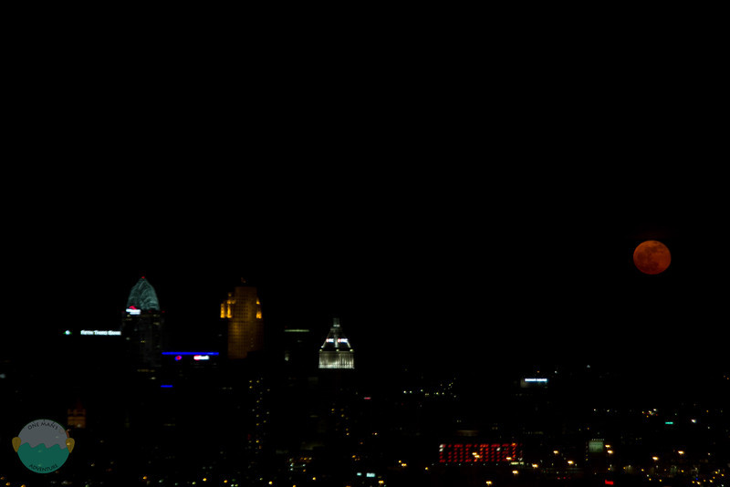 Cincy Moon<br /> The moon as it rose over the city last night.  It was a pretty red then orange.  Was pretty hazy though.