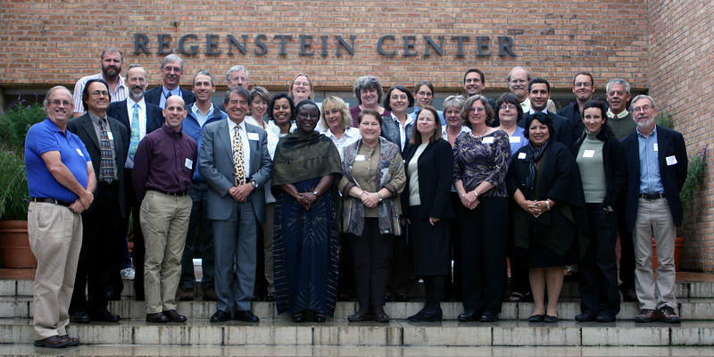 <b>Global Strategy for Plant Conservation Workshop participants at the Chicago Botanic Garden from top to bottom, left to right:</b> <b>First Row:</b> Eric Ribbens (Western Illinois Univ.), Greg Mueller (Chicago Botanic Garden), Patrick Herendeen (Chicago Botanic Garden), Kathryn Kennedy (Center for Plant Conservation), Kay Havens (Chicago Botanic Garden), Andrea Kramer (Botanic Gardens Conservation International), Per Bogstad (Botanic Gardens Conservation International), Marshall Sundberg (Emporia State Univ.), Conrad Savy (Conservation International) <b>Seond Row:</b> Stephen Blackmore (Royal Botanic Garden Edinburgh), Bruce Young (NatureServe), Nicola Ripley (Betty Ford Alpine Gardens), Kakoli Ghosh (United Nations FAO), Sara Oldfield (Botanic Gardens Conservation International), Christine Flanagan (U.S. Botanic Garden), Suzanne Sharrock (Botanic Gardens Conservation International), Nancy Morin (Flora of North America), Miguel de Moraes (Brazilian National Center for Flora Conservation), Gustavo Martinelli (Rio de Janeiro Botanical Garden) <b>Third Row:</b> David Pivorunas (USDA Forest Service), Gary Krupnick (Smithsonian Institution), Alberto Gomez-Mejia (Caribbean & Latin American Assoc. of Botanical Gardens), Stella Simiyu (Botanic Gardens Conservation International), Peggy Olwell (U.S. Bureau of Land Management), Kristina Schierenbeck (USDA Agricultural Research Service), Holly Forbes (Univ. of California Botanical Garden at Berkeley), Sonia Lagos-Witte (University of Costa Rica), Yolanda Barrios (CONABIO), David Burney (National Tropical Botanical Garden) <b>Fourth Row:</b> Larry Stritch (USDA Forest Service)
