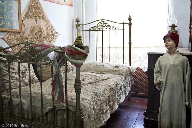 20 April 2010<br /> İzmir Ethnography Museum<br /> 19th Century Ottoman Circumcision Room.