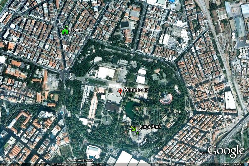 21 April 2010<br /> Google Earth image showing Kültür Park in relation to mom's apartment.