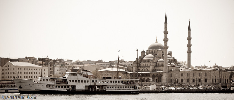 22 April 2010<br /> İstanbul - Yeni Camii (New Mosque or Mosque of the Valide Sultan) is an Ottoman imperial mosque located in Eminönü.