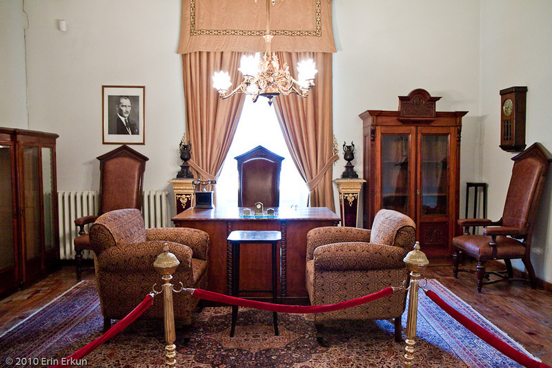 20 April 2010<br /> Atatürk Evi<br /> Atatürk's Private Study