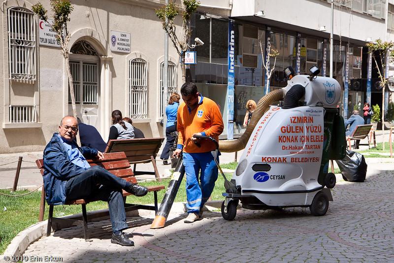 20 April 2010<br /> Konak - Street cleaner at work.