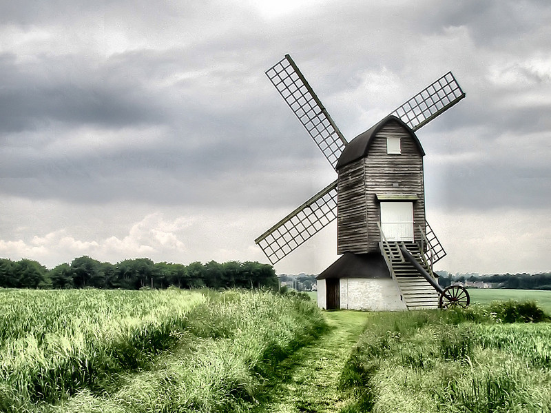 """<a href=""""http://en.wikipedia.org/wiki/Pitstone_Windmill"""">Pitstone Windmill</a>, Buckinghamshire. Thought to date from 1627 making it the oldest windmill in Britain."""