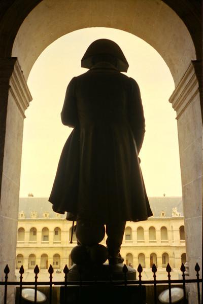 Napoleon, Cour d'Honneur, Paris.