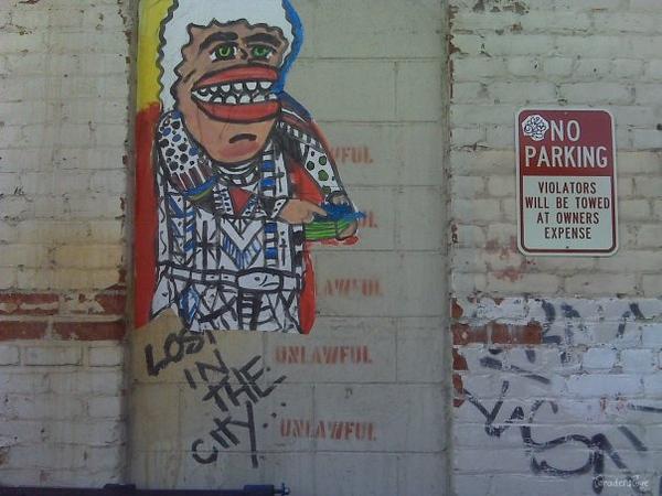 Hollyweird graffiti