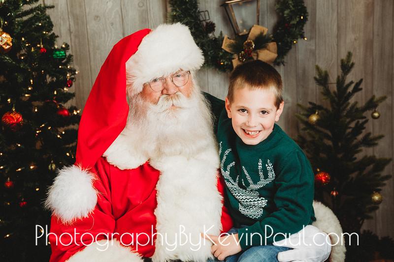 Moe Santa Portraits-1