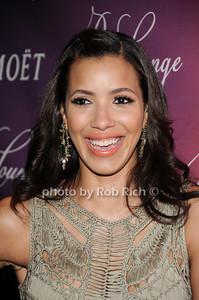 Julissa Bermudez photo by Rob Rich © 2010 robwayne1@aol.com 516-676-3939