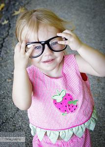 black glasses-3567