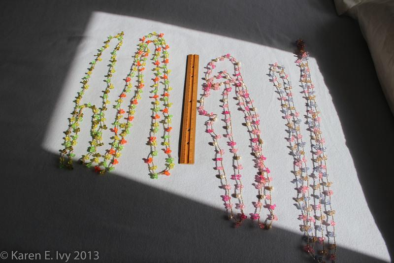 Plastic bead strings
