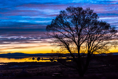 Winter sunrise over Mono Lake