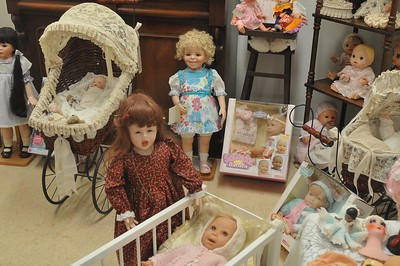 Rare doll collection supplied by local collector 5