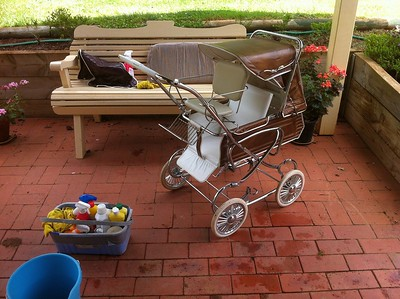"1976 Steelcraft Consort pram  with ""Hitch Hiker"" toddler seat"