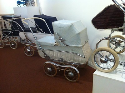 Barnes Baby Carriages (BBC) of Melbourne, this pram is from c1967