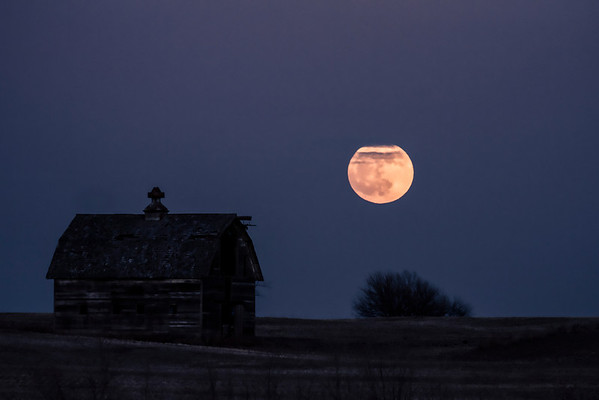 -010 January 08, 2012 full moon barn-Edit-2