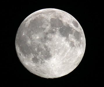 IMG_8676 Moon SM