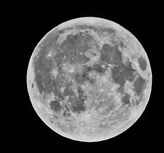 IMG_6082 Moon SM