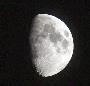 IMG_7300 Moon SM