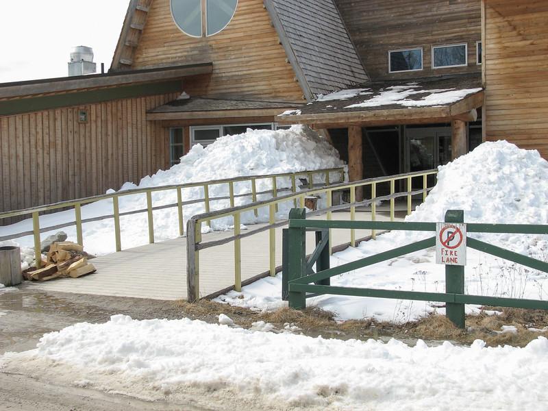 Entrance to Cree Village Ecolodge 2007 April 15th.