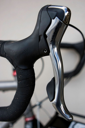 Road bike brake handles & shift levers