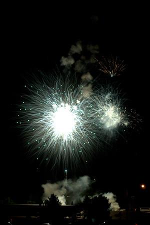 Mount Carroll Fireworks (07-04-15)