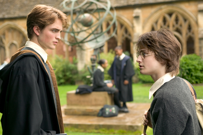 """ROBERT PATTINSON as Cedric Diggory and DANIEL RADCLIFFE as Harry Potter in Warner Bros. Pictures' fantasy """"Harry Potter and the Goblet of Fire.""""<br /> PHOTOGRAPHS TO BE USED SOLELY FOR ADVERTISING, PROMOTION, PUBLICITY OR REVIEWS OF THIS SPECIFIC MOTION PICTURE AND TO REMAIN THE PROPERTY OF THE STUDIO. NOT FOR SALE OR REDISTRIBUTION."""