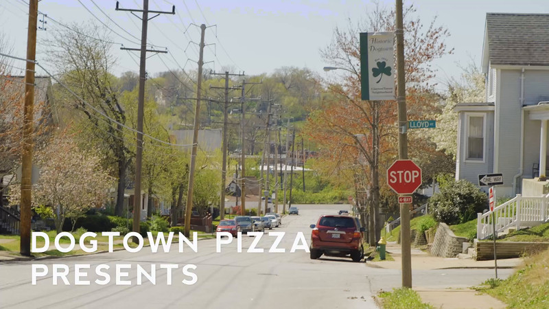 Dogtown Pizza | How To Grill A Pizza