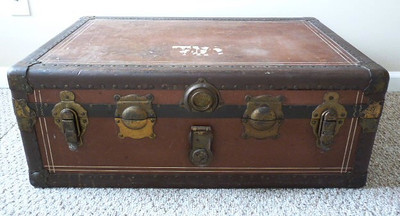 Very nice antique trunk