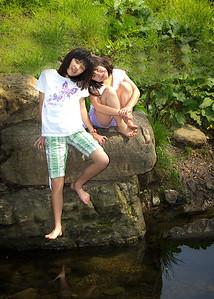 leah and sarah full on creek-