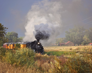 Another shot of the Durango Silverton train rolling in!