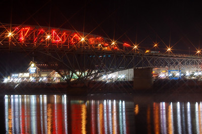 This is the neon bridge..It separates Shreveport from Bossier city. They have the boardwalk and all of the casinos around the area.